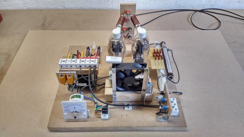 vacuum-tube-generator-1-3-1