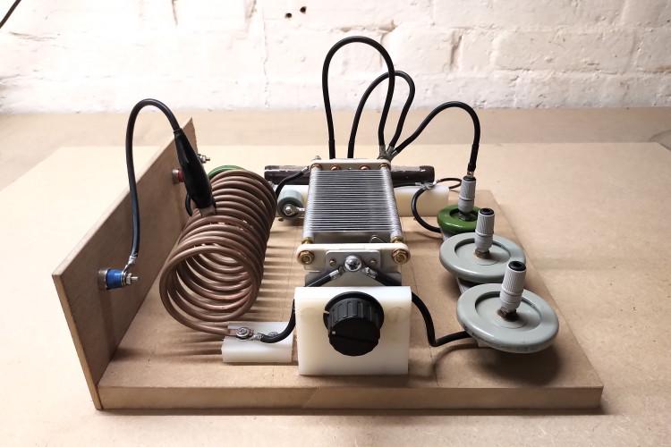 vacuum-tube-generator-1-4-1