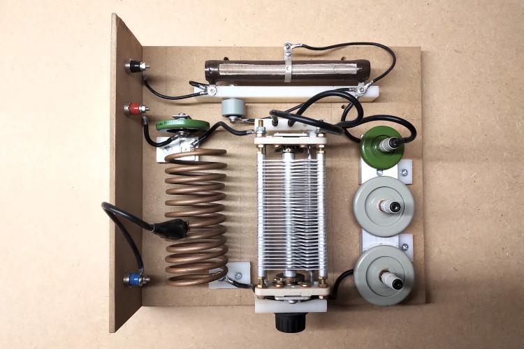 vacuum-tube-generator-1-4-2