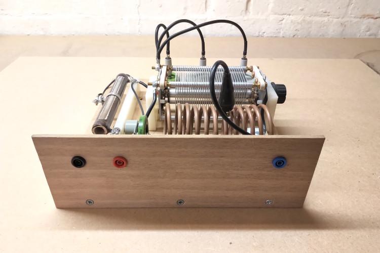 vacuum-tube-generator-1-4-3