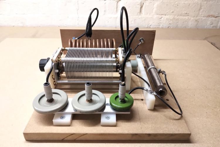vacuum-tube-generator-1-4-7